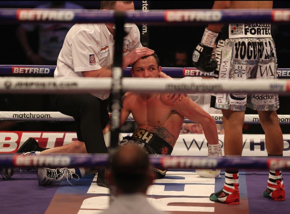 Mauricio Lara sorprende a Josh Warrington con un KO en el noveno
