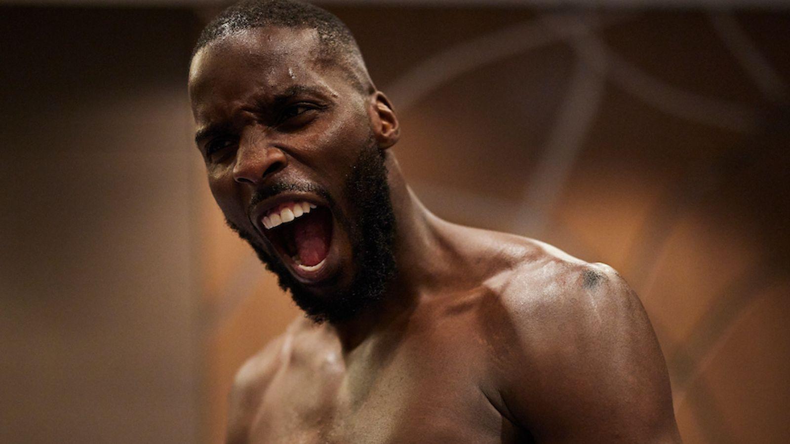 Lawrence Okolie acaba con Krzysztof Glowacki en el sexto asalto y captura el título de la OMB