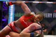 Claressa Shields hace su debut en MMA