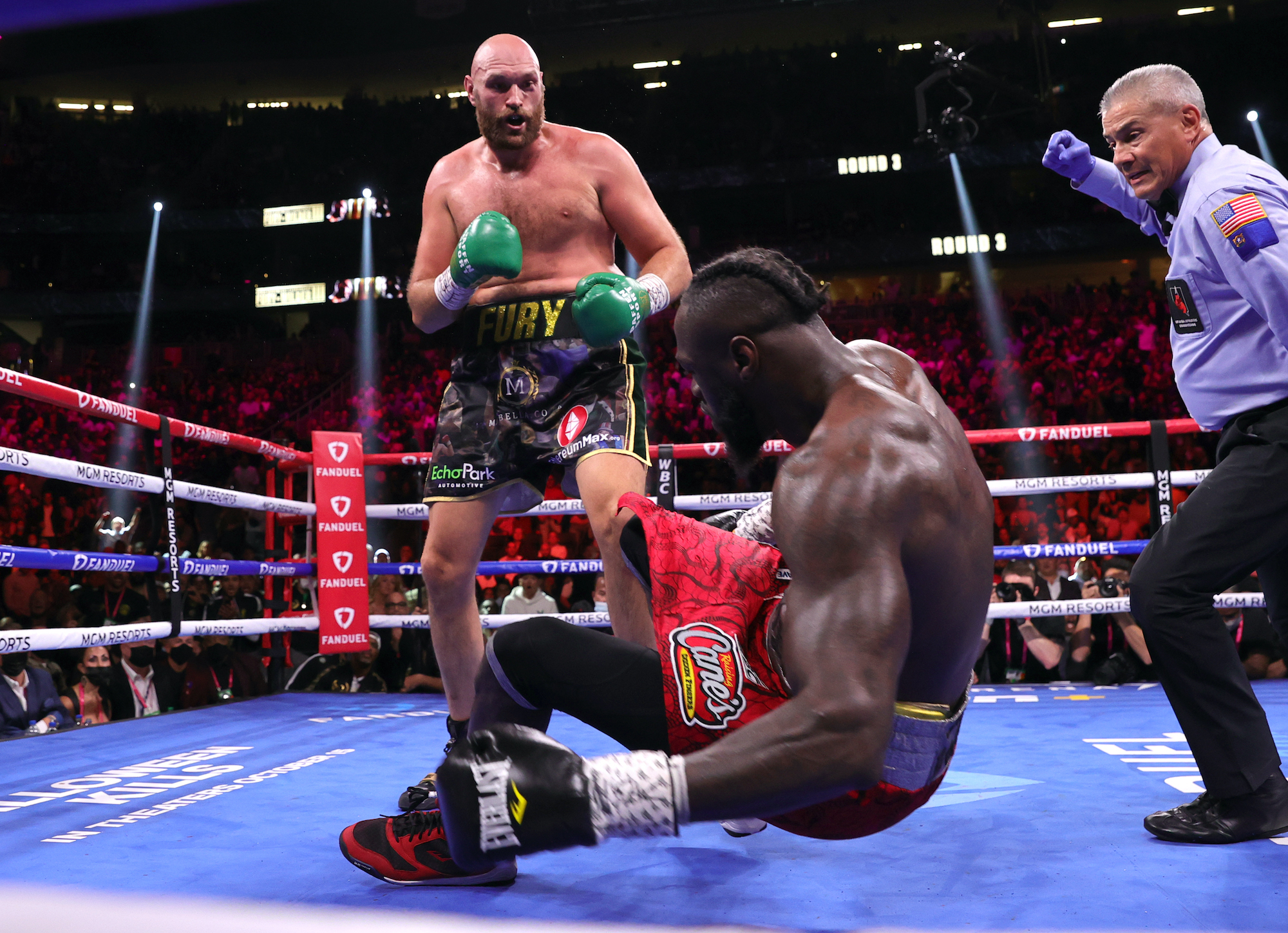 Fury vence a Wilder en una guerra donde ambos fueron derribados en varias ocasiones